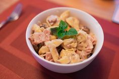 Bacon and Chicken Carbonara Tortellini // Creamy carbonara served best with garlic bread and mushrooms // http://desiredcooking.com/recipes/bacon-and-chicken-carbonara-tortellini