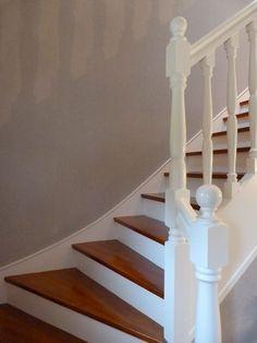 Rénovation escalier bois, décapage marches pour les ramener en bois ...