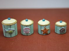 F8 1//12TH SCALE DOLLS HOUSE METAL SET OF 4 CANISTERS