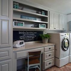 Kitchen makeover ideas from fixer upper country laundry room Country Laundry Rooms, Farmhouse Laundry Room, Basement Laundry, Farmhouse Style, Rustic Farmhouse, Laundry Craft Rooms, Laundry Closet, Laundry Room Organization, Laundry Room Design