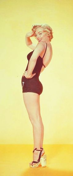 1952: Marilyn Monroe …. #marilynmonroe #pinup #monroe #marilyn #normajeane #iconic #sexsymbol #hollywoodlegend #hollywoodactress #1950s
