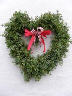HAVUTÖITÄ VIELÄ VÄHÄN - Risusydän - Vuodatus.net - Christmas Wreaths, Crafting, Holiday Decor, Beauty, Home Decor, Decoration Home, Room Decor, Crafts To Make, Crafts