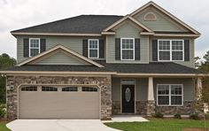 Manufactured stone veneer products from Valley City Supply in Medina County, Ohio. Stone Veneer Exterior, Stone Exterior Houses, Craftsman Exterior, Exterior Siding, Stone Houses, Exterior Design, Black Exterior, House Exterior Color Schemes, Exterior Colors