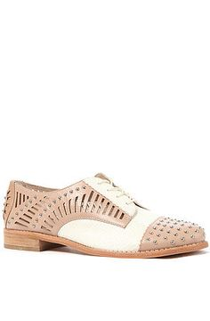 The Jayden Shoe in Classic Nude and Off White Leather by Sam Edelman- shoes shoes shoes!!!!