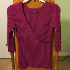 3/4 length sleeve Maurice's sweater Maurice's size large color pinkish/purple Maurices Sweaters V-Necks