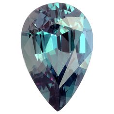 Indian Alexandrite pear, ( under sunlight) Minerals And Gemstones, Crystals Minerals, Rocks And Minerals, Stones And Crystals, Loose Gemstones, Gem Stones, Gems Jewelry, Gemstone Jewelry, Alexandrite Jewelry