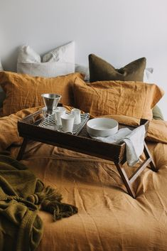 Home Interior Entrance Breakfast in bed Home Bedroom, Bedroom Decor, Bedrooms, Sweet Home, Breakfast In Bed, Home Interior, Interior Livingroom, Interior Plants, Bedroom Styles