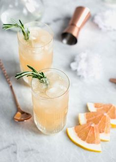 Named after the iconic dancer Ginger Rogers, this refreshing cocktail is made with fresh grapefruit juice, homemade ginger syrup, and gin! Ginger Cocktails, Ginger Drink, Ginger Syrup, Tea Cocktails, Refreshing Cocktails, Yummy Drinks, Summer Cocktails, Cocktail Menu, Pavlova