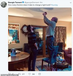 David Tennant's wife Georgia shares fun snap with Peter Davison How many Doctors does it take to change a light bulb? David Tennant's wife Georgia shared a fun snap of actor with fellow Time Lord, and her father, Peter Davison on Sunday Doctor Who Cast, Doctor Who Funny, Doctor Who Actors, Dr Who, Memes Celebridades, David Tennant Wife, David Tennant Doctor Who, Space Man, Georgia