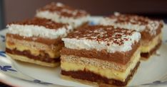 Na háji: Kinder Bueno Na háji: Kinder Bueno The post Na háji: Kinder Bueno appeared first on Kinder ideen. Mexican Food Recipes, Sweet Recipes, Dessert Recipes, Ethnic Recipes, Czech Recipes, Russian Recipes, Yummy World, Sweet And Salty, Just Desserts