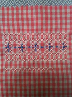chicken scratch embroidery - amazing how it looks round - chicken scratch embroidery – amazing how it looks round - Cross Stitching, Cross Stitch Embroidery, Hand Embroidery, Cross Stitch Patterns, Chicken Scratch Patterns, Chicken Scratch Embroidery, Types Of Embroidery, Embroidery Patterns, Gingham Fabric