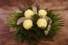 wszystkich świętych - Google Search Funeral Flower Arrangements, Funeral Flowers, Create Picture, Unique Flowers, Flower Decorations, Imagination, Floral Design, Google, Floral Arrangements