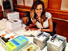 Lauren Maillian Bias, Serial Entrepreneur, Startup Advisor, Investor, and Author of Bestselling Book, The Path Redefined: Getting to the Top on Your Own Terms. www.thepathredefined.com Entrepreneur, Author, Elegant, Books, Top, Classy, Libros, Book, Writers