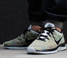 Nike Flyknit Lunar1–Wolf Grey-Black-Laser Orange