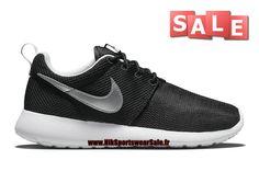 "Nike RosheRun NM W SP ""France"" (World Cup Pack) - Chaussures Nike Sportswear…"
