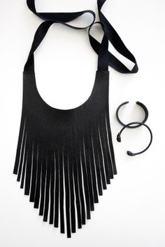 I am Jo.: DIY Fringe Necklace.