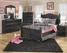 Terrific Pics Bedroom Furniture Sets queen Strategies Workout concerning how to beautify your own bedroom. If you've viewed your current room and came to the realiz. King Size Bedroom Furniture, Cheap Bedroom Furniture Sets, King Size Bedroom Sets, Kids Bedroom Sets, Furniture Sale, Panel Bed, Bed Room, Queen Size