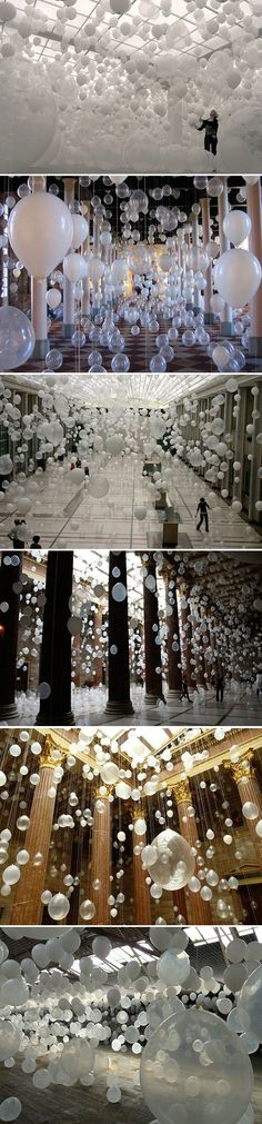 """William Forsythe Scattered Crowds 2012 thousands of white balloons are suspended in the air accompanied by a wash of music """"the air-borne landscape of relationships, distance, of humans and emptiness, of coalescence and decision"""" Instalation Art, White Balloons, Clear Balloons, Wow Art, Art Plastique, Public Art, Sculpture Art, Contemporary Art, Art Photography"""