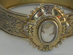 Vintage Coro Cameo Clamp on Bangle Bracelet Ornate Enamel
