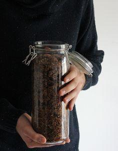 burczymiwbrzuchu: Śniadanie do łóżka #204: Korzenna granola z czekol...