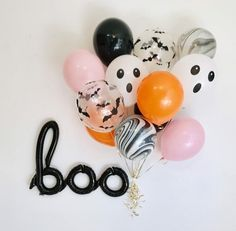 Fendi Color in Decoration - 60 Photos Incredible - Home Fashion Trend Halloween 1st Birthdays, Halloween First Birthday, Casa Halloween, Pink Halloween, Holidays Halloween, Halloween Kids, Halloween Themes, Halloween Decorations, First Birthdays