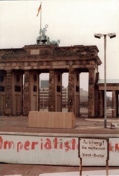 Brandenburger Tor BERLIN. Brandenburg Gate as seen from West Berlin, December 1982.