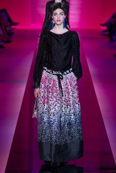 Look 5: Armani Privé Fall 2015 Couture - Collection - Gallery - Style.com