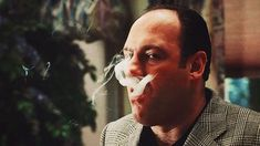 TV Shows Set in All 50 States -- Nothing says Jersey better than Tony Soprano himself. An Italian American mobster based in New Jerse. Best Tv Shows, Favorite Tv Shows, Les Sopranos, Really Good Movies, Mafia Gangster, Tony Soprano, Movie Shots, The Godfather, Movie Tv