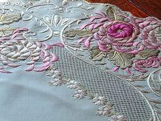 Coração Linens antigas -antigo Sociedade de Em bordado Silk Tea pano