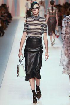 Fendi Spring 2018 Ready-to-Wear Fashion Show - Justine Asset