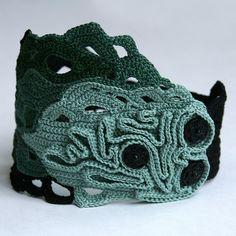 wow- freeform crochet bracelet