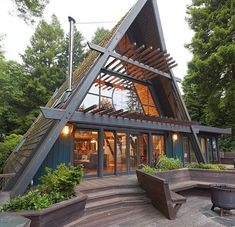 Cozy Cabin Ideas to Help You Enjoy Life A Frame House Plans, Triangle House, Wood Interior Design, Wood Design, Cabins And Cottages, Log Cabins, Mountain Cabins, Mountain Living, Cozy Cabin