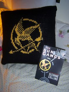 Free Mockingjay knitting chart