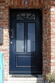 Haustür holz grün  Haustüren aus Kunststoff oder Holz mit Stilelementen, wie Sprossen ...