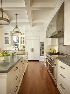 Ceiling, hood, grey counters, Stuart Silk Architects - Broadmoor Residence