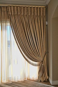 Curtains are dressy window coverings that can alter the appearance and do wonders for rooms in a home. It can make a room look more spacious or compac. Luxury Curtains, Home Curtains, Curtains With Blinds, Window Curtains, Burlap Curtains, Mini Blinds, Drapery Panels, Classic Curtains, Elegant Curtains