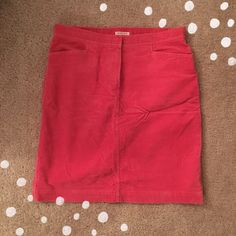Pink Corduroy Skirt In excellent condition. Worn only a few times . Very comfortable and warm Jones sport Skirts