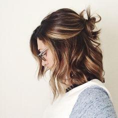 pretty brunette long bob, lob, women's hair styles ( andreaxlife.com )