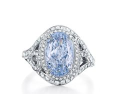 Tiffany & Co  Blue Diamond ring worn by Reese Witherspoon at the Oscars