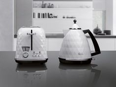 DeLonghi  l Launching at IFA 2012 this weekend, De'Longhi's new appliance set Breakfast Series Brillante features a glossy faceted surface inspired by a cut diamond.
