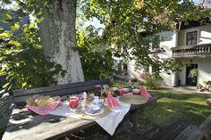 ein gemütliches Frühstück im Freien  http://www.urlaubambauernhof.at/bundesverband/niederoesterreich-pzv/portal-startseite.html?L=2