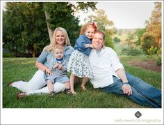 Natural light family portraits at Fauquier Springs Country Club in Warrenton VA