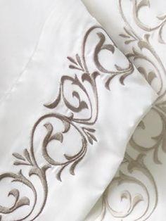 Luxury Bedding Sets For Less Diy Pillows, Linen Pillows, Linen Bedding, Bedding Sets, Bed Linens, Embroidered Bedding, Embroidered Towels, Draps Design, Designer Bed Sheets