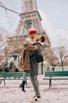 Acordei em Paris com neve pela primeira vez . - Me and you - Viagem Europa Paris Photography, Tumblr Photography, Couple Photography, Travel Photography, Paris Couple, Couples In Paris, Leonie Hanne, Paris Outfits, Fall Outfits