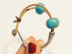 Turquoises and leather bracelet turquoises bracelet by Larritzi, €18.00