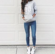 To rock a casual outfit, pair a gray sweater with dark blue jeans. Sporty Outfits, Jean Outfits, Winter Outfits, Summer Outfits, Cute Outfits, Fashion Outfits, Fresh Outfits, Fashion Fashion, Street Fashion