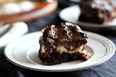 Chocolate coconut macaroon cake - #grainfree #paleo
