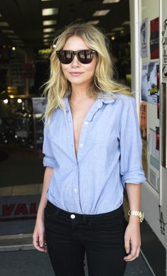 Loving her look. SPRING LOOK: ASHLEY OLSEN | CHAMBRAY SHIRT - Le Fashion