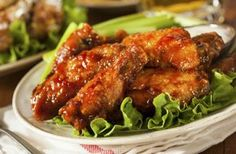 Weight Watchers Friendly Sweet and Spicy Honey Chicken Wings Recipes - 4 Smart Points Honey Barbeque Chicken, Spicy Honey Chicken, Honey Chicken Wings, Baked Chicken, Pepper Chicken, Grilled Chicken, Barbecued Chicken, Grilled Wings, Korean Chicken