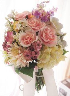 淡いカジュアルなクラッチブーケ |Wedding Flower・ぽると のブログ